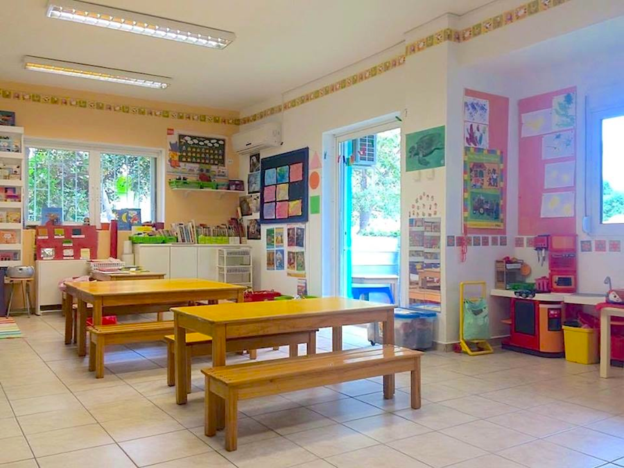 The Small Section classroom (ages 2½-4)