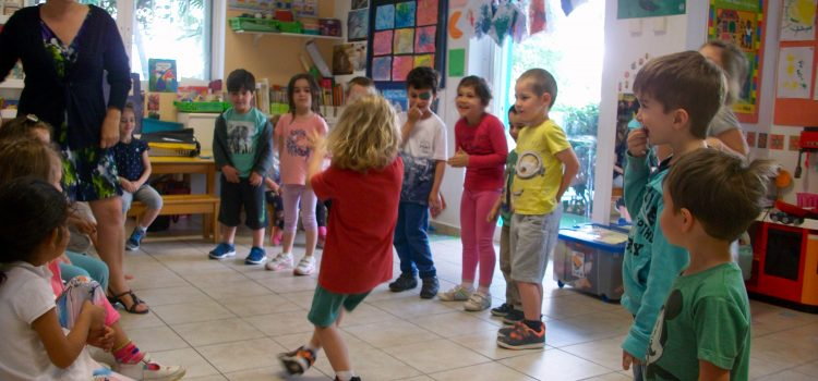 Preparing our school play for the end of the year- and showing off our breakdance moves! (20/05/2016)